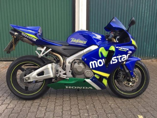 photo de Honda CBR 600 RR MOVISTAR