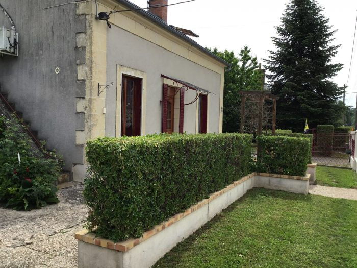 photo de Charmante maison 90 m², avec garage de 70 m²