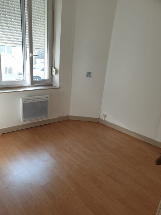 photo de Appartement à louer Saint-Quentin